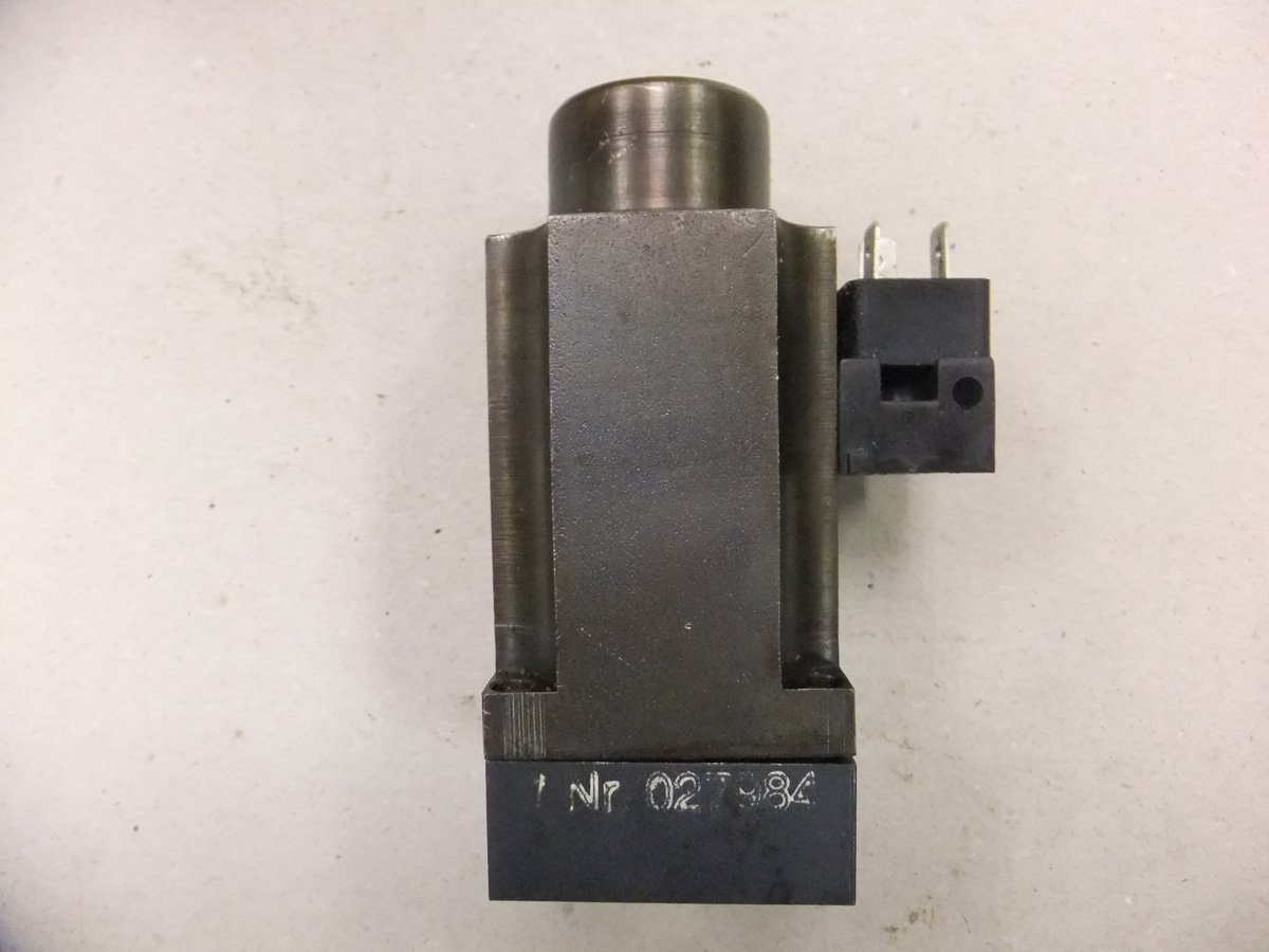 Polar Hydraulic Valve